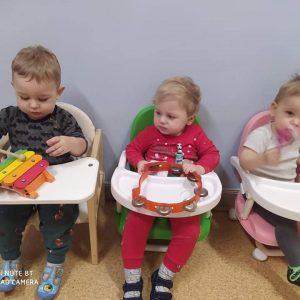 """Żłobek Niepubliczny """"Małe Poziomki Domek na Skraju"""" z oddziałem integracyjno-terapeutycznym"""